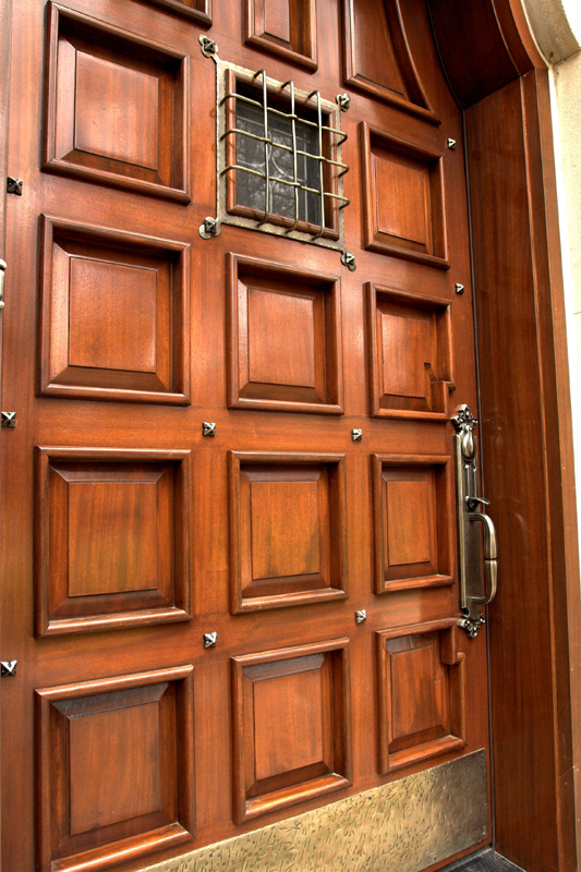 The Scobis Company invites you to visit our hardware showroom located in Chesterfield MO. Our showroom features displays from some of the finest decorative ... & Door Hardware - Custom Wood Doors | Scobis Company